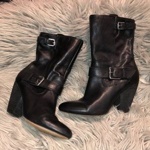 Anthro corps como Black Booties 8 heeled
